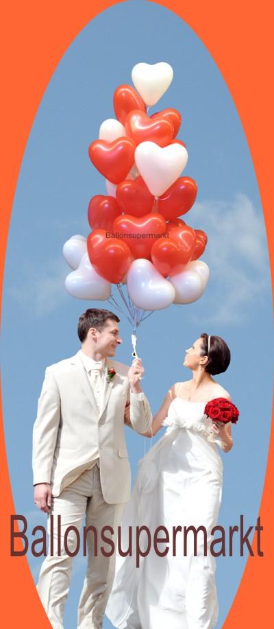 Zufriedene Kunden kauften Herzluftballons im Ballonsupermarkt
