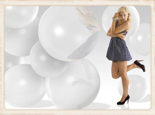 Große weiße Luftballons zur Hochzeit